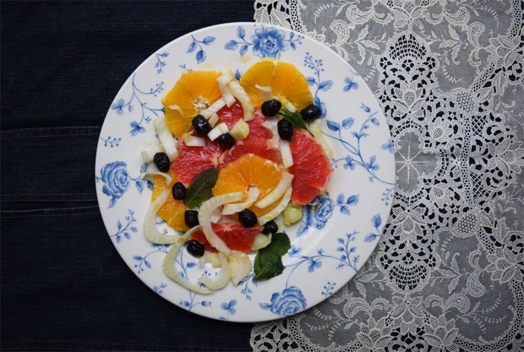 Easy to make detox salad.